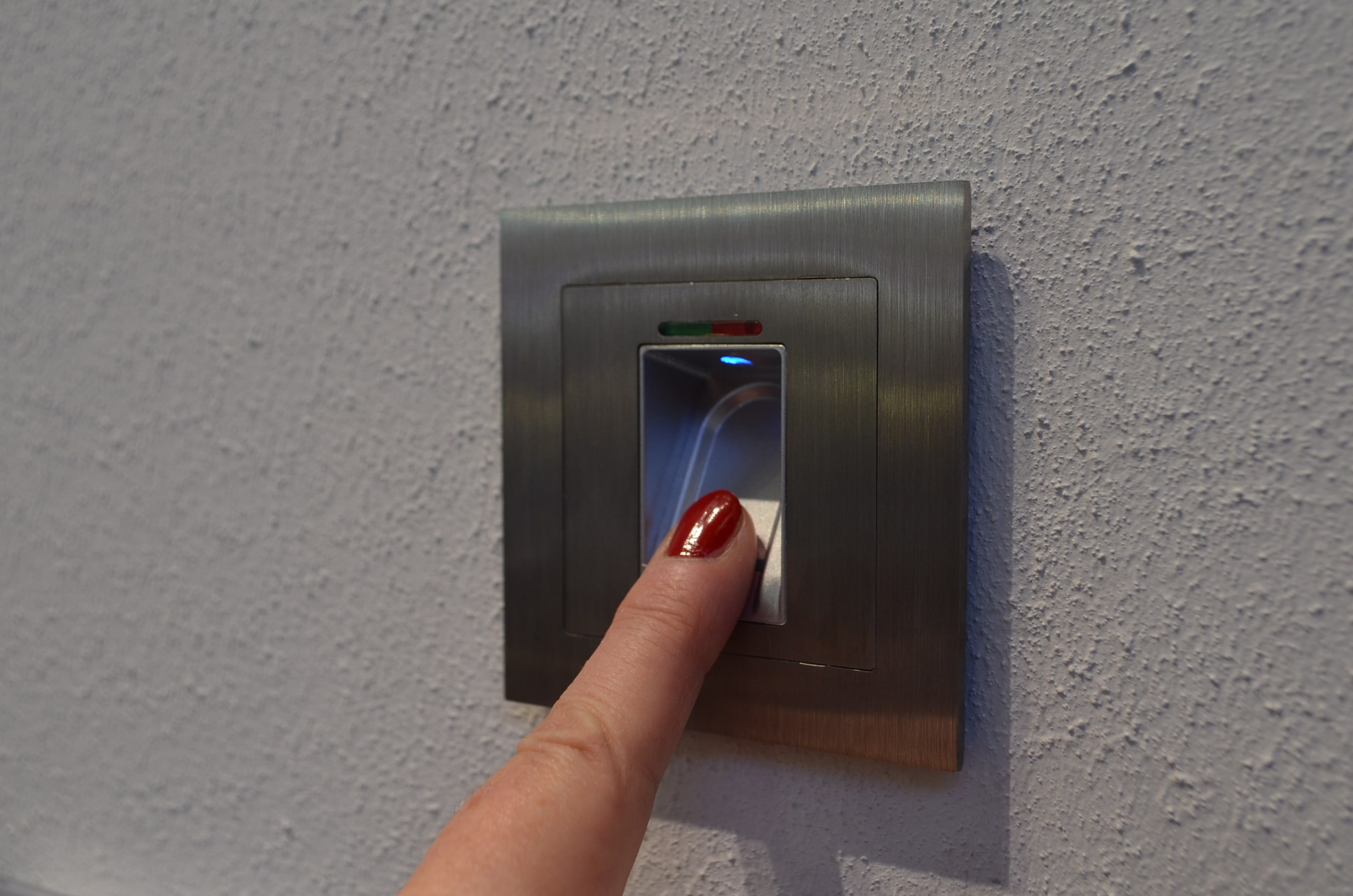 Gate biokey idencom polska for Door to gate kontakt
